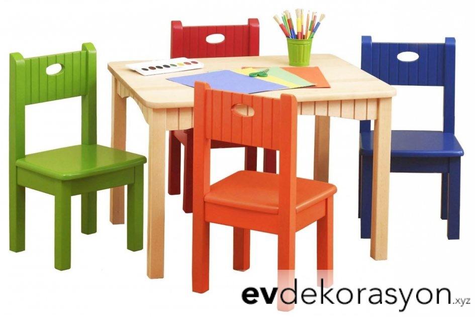 İKEA Renkli Çocuk Masa Sandalye Takımı