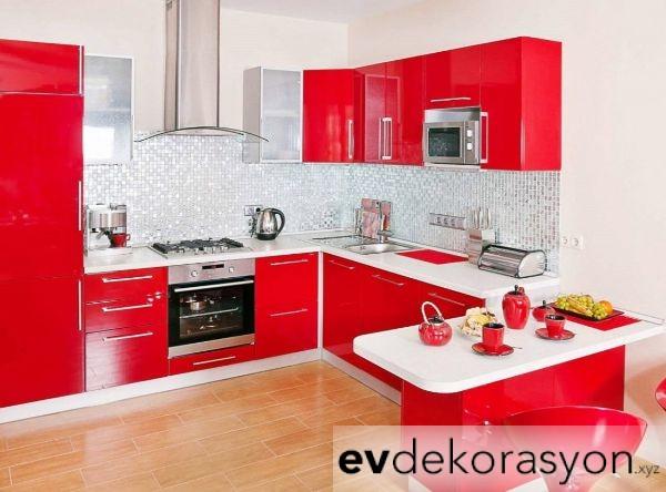 Kırmızı Renk Mutfak Dolap Modelleri